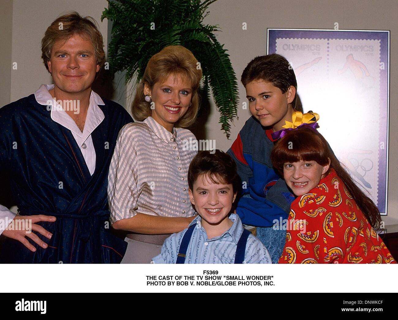 Apr  30, 2001 - F5369 THE CAST OF THE TV SHOW ''SMALL WONDER