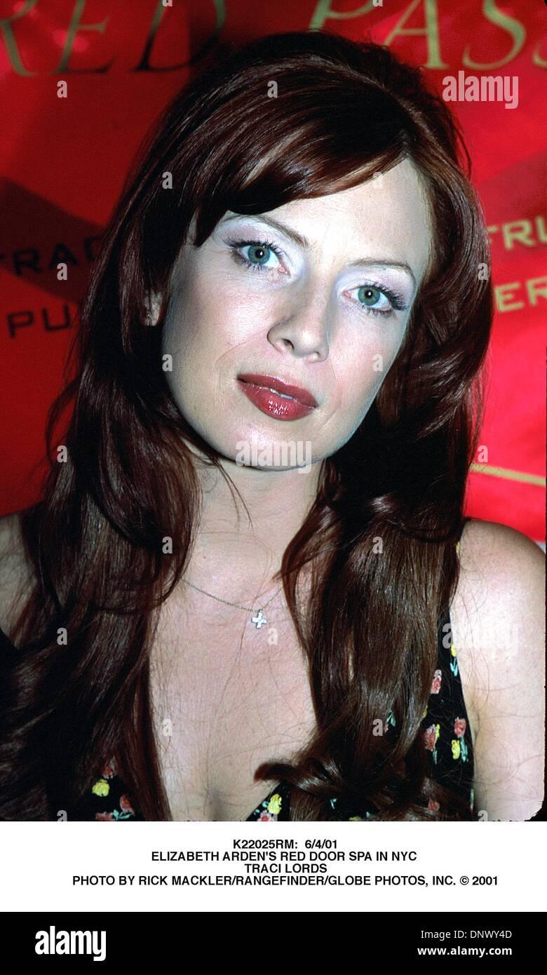 June 4 2001 K22025rm 6401elizabeth Ardens Red Door