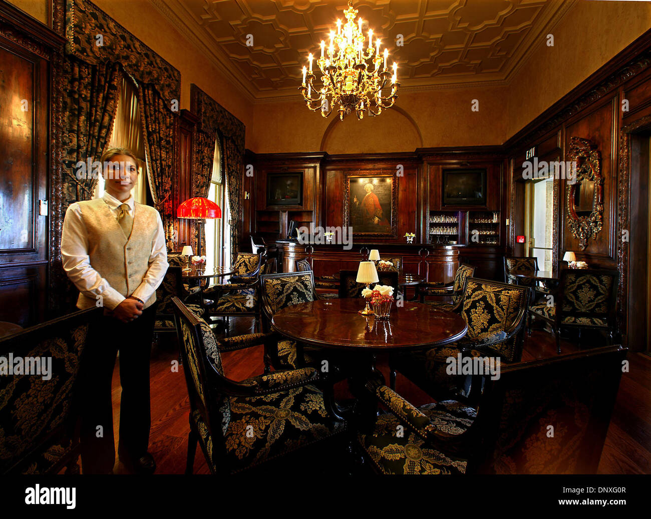 Dec 12, 2005; Palm Beach, FL, USA; US Tabloid Sales OUT!   US MAGS and TV CALL 1-310-397-9165 or (561) 392- 7856 for Price!  The bar inside Mar-A-Lago.  Photos of the interior and exterior of Donald Trump's Palm Beach Island home ''Mar-A-Lago.'' Mandatory Credit: Photo by Damon Higgins/Palm Beach Post/ZUMA Press. (©) Copyright 2005 by Palm Beach Post - Stock Image