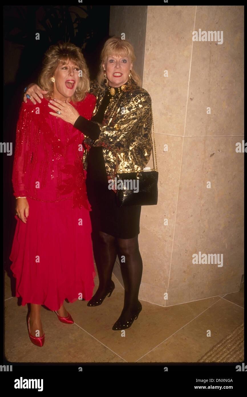 Lily Collins (born 1989 (naturalized American citizen),Tony Nardi Erotic picture Taksaorn Paksukcharern,Diane Washburn