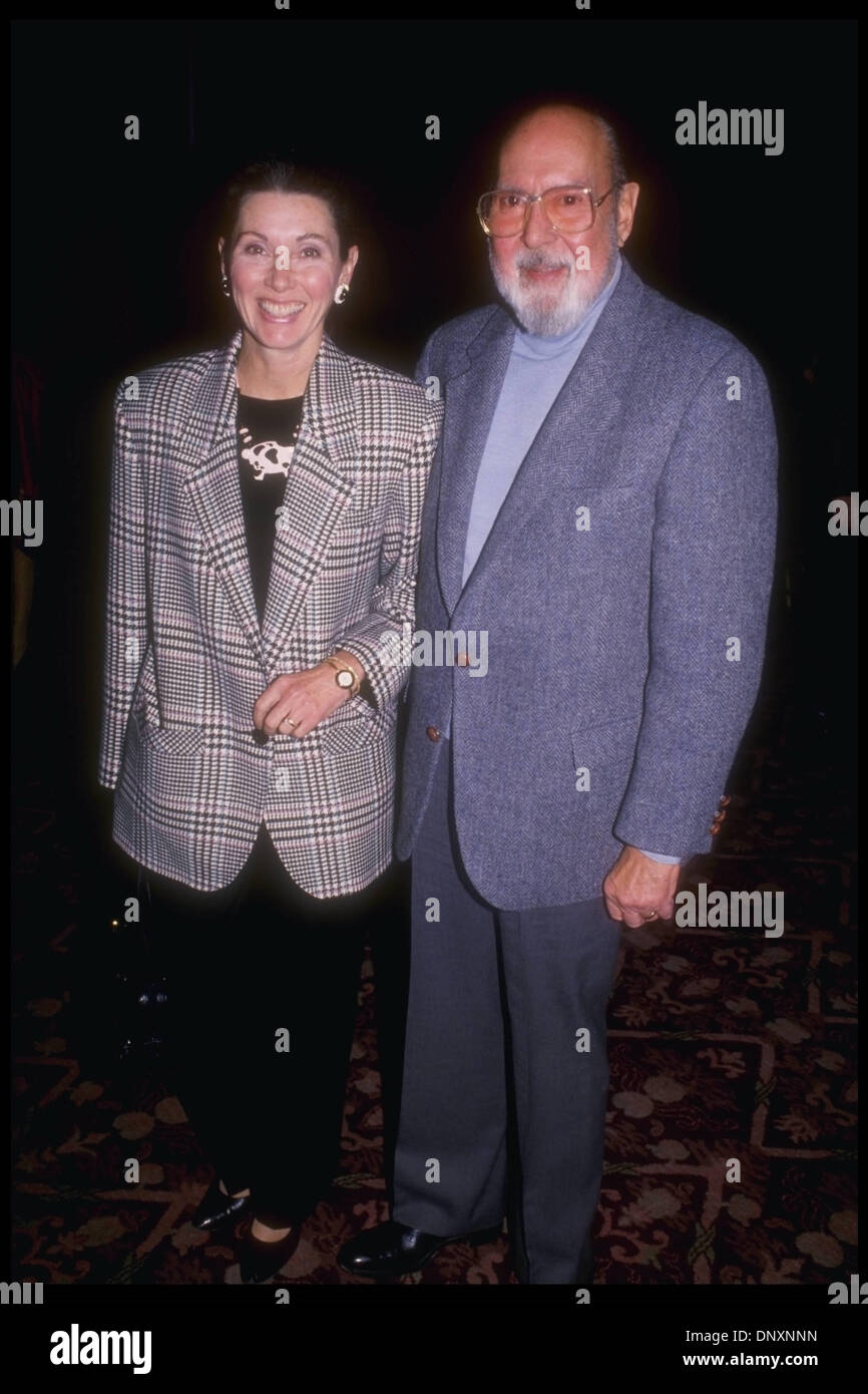 Best Buy Hollywood >> Hollywood, CA, USA; Actress ELINOR DONAHUE co-star of such classic Stock Photo: 65126705 - Alamy