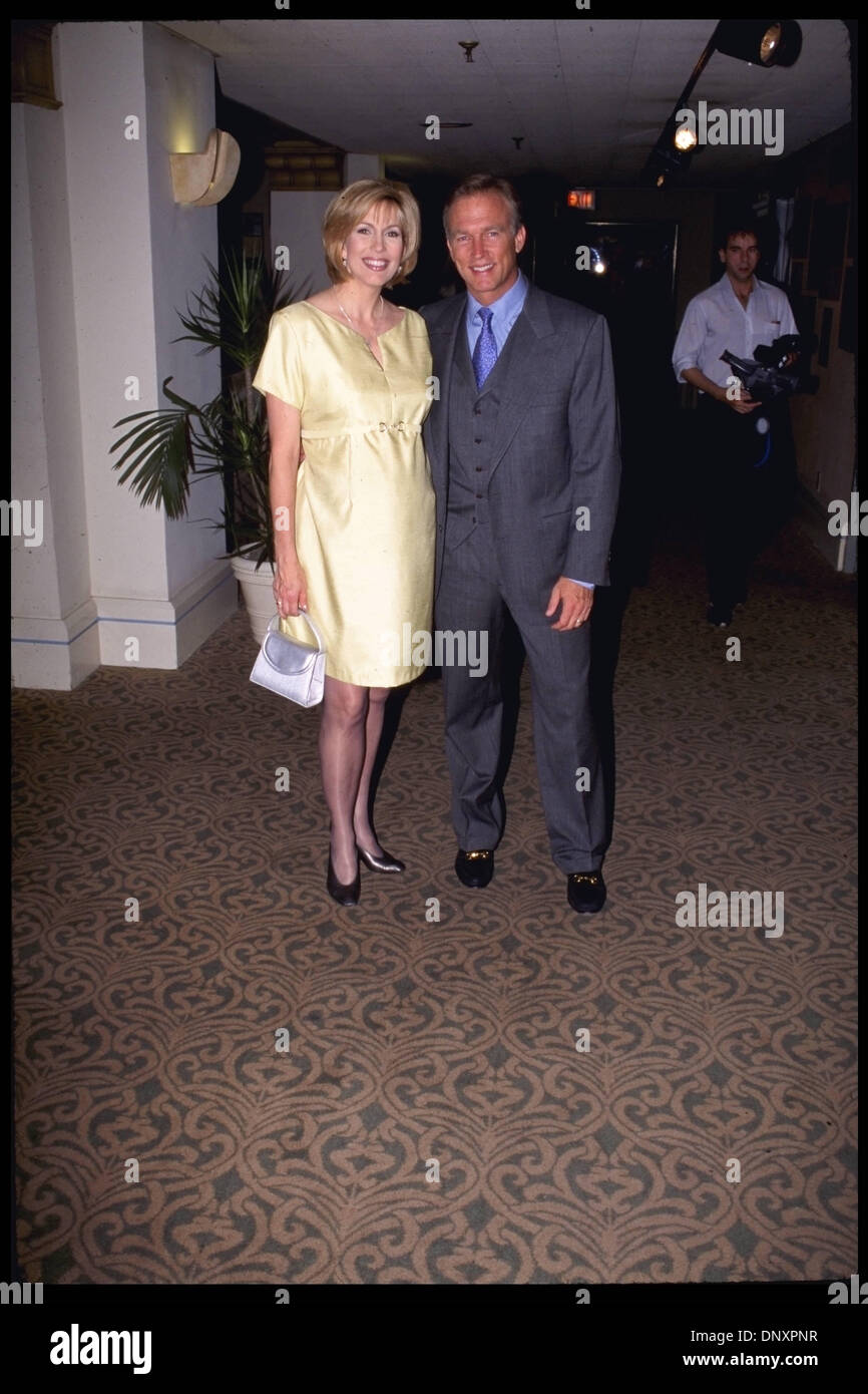 Hollywood, CA, USA;  LEEZA GIBBONS and husband are shown in an  undated photo.  (Michelson - T.J. Smith/date unknown) Mandatory Credit: Photo by Michelson/ZUMA Press. (©) Copyright 2006 Michelson - Stock Image