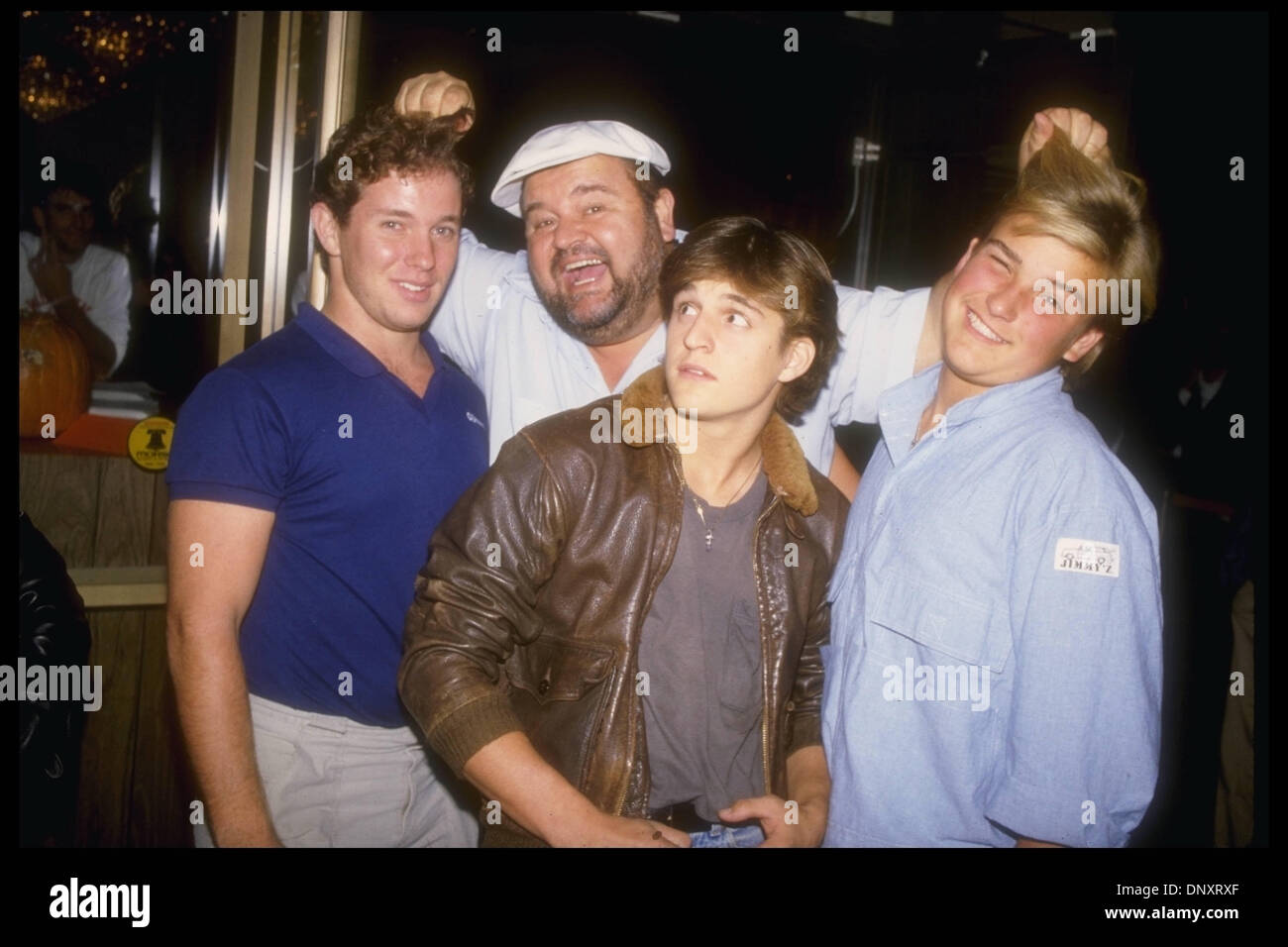 Hollywood Ca Usa Dom Deluise And Sons Michael Deluise Peter Stock Photo Alamy