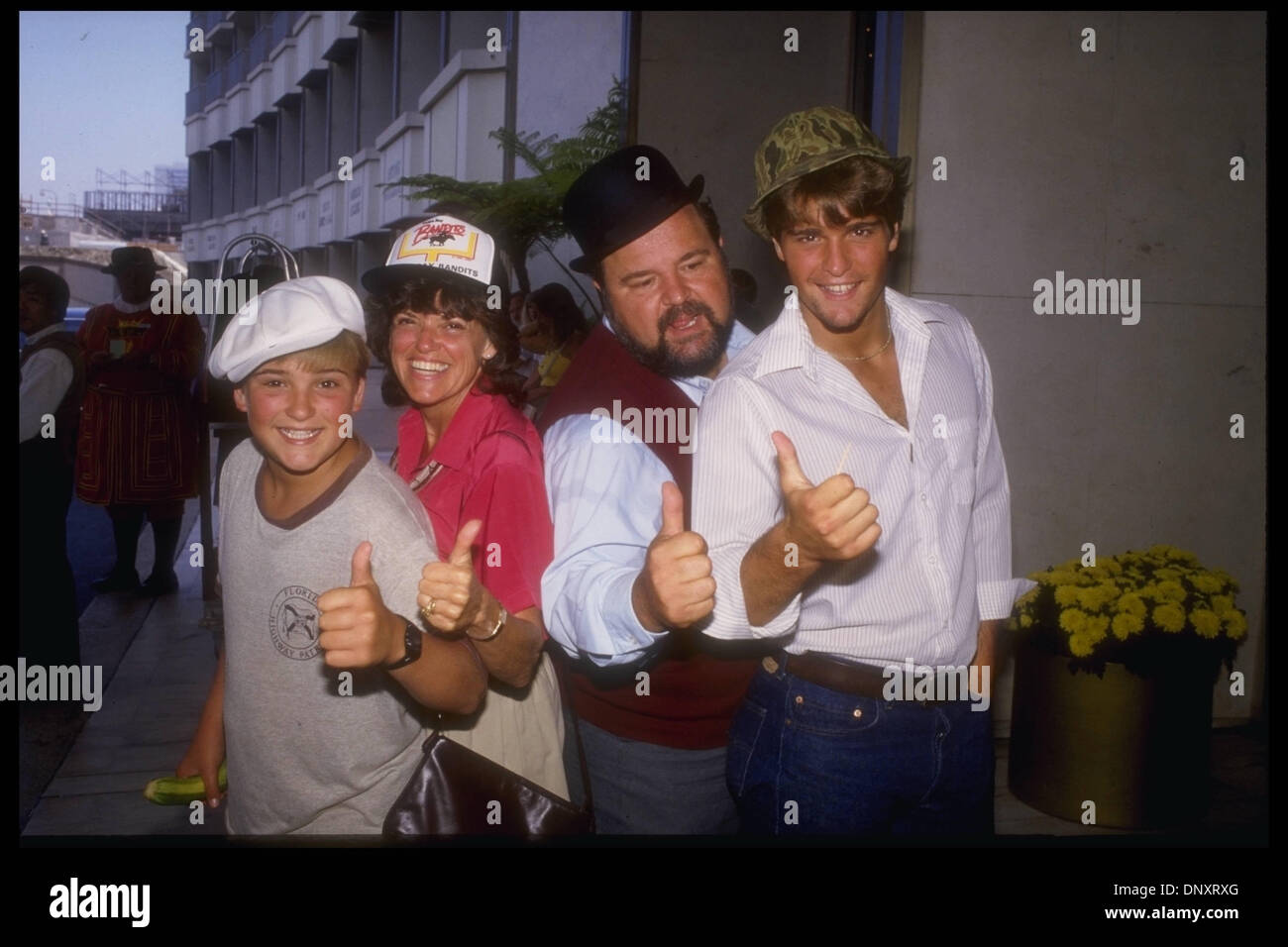 Hollywood Ca Usa Dom Deluise Wife And Sons David 12 And Peter Stock Photo Alamy