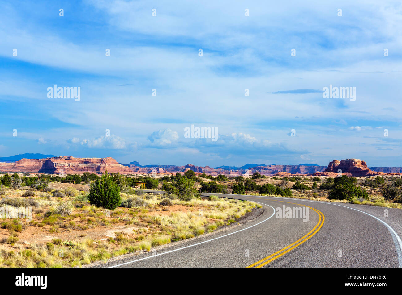 UT 211 scenic road in the Needles section of Canyonlands National Park, Utah, USA - Stock Image