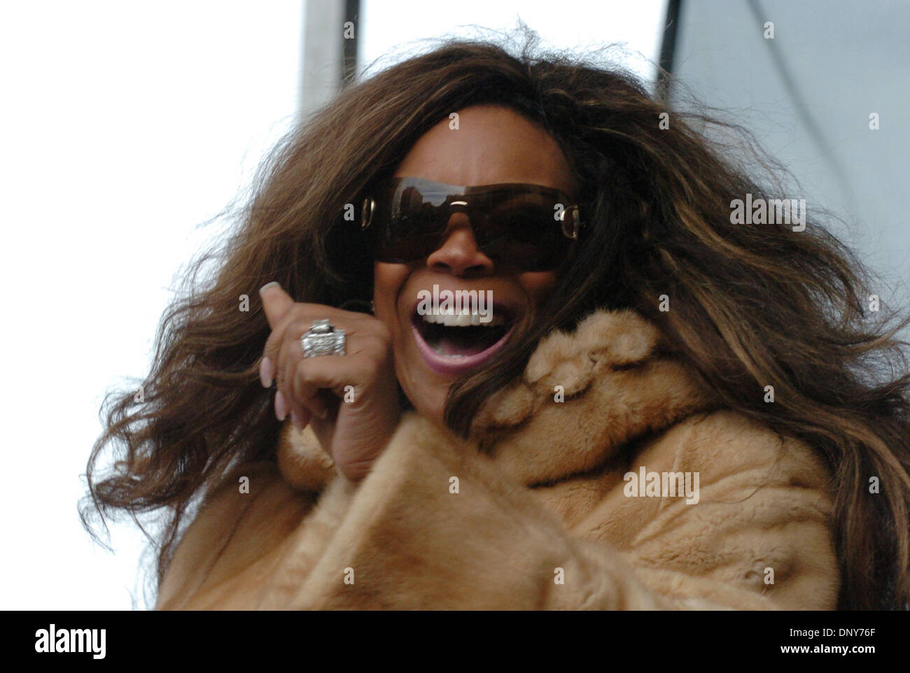 Jan 16, 2006; Manhattan, New York, USA; Radio personality WENDY WILLIAMS speaks as thousands of members and supporters Stock Photo