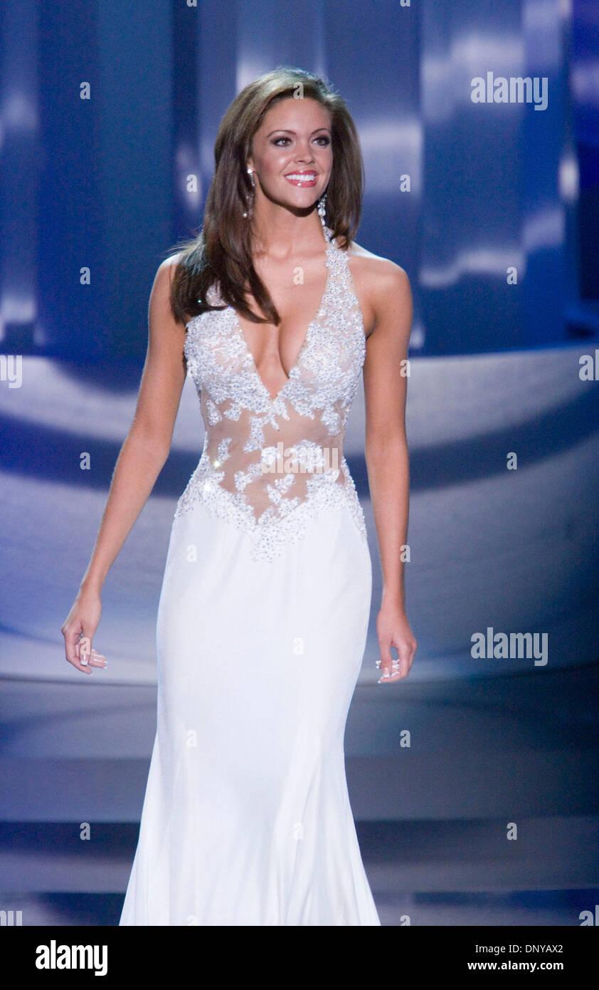 Jan 21, 2006; Las Vegas, NV, USA; Miss America 2006, JENNIFER BERRY ...
