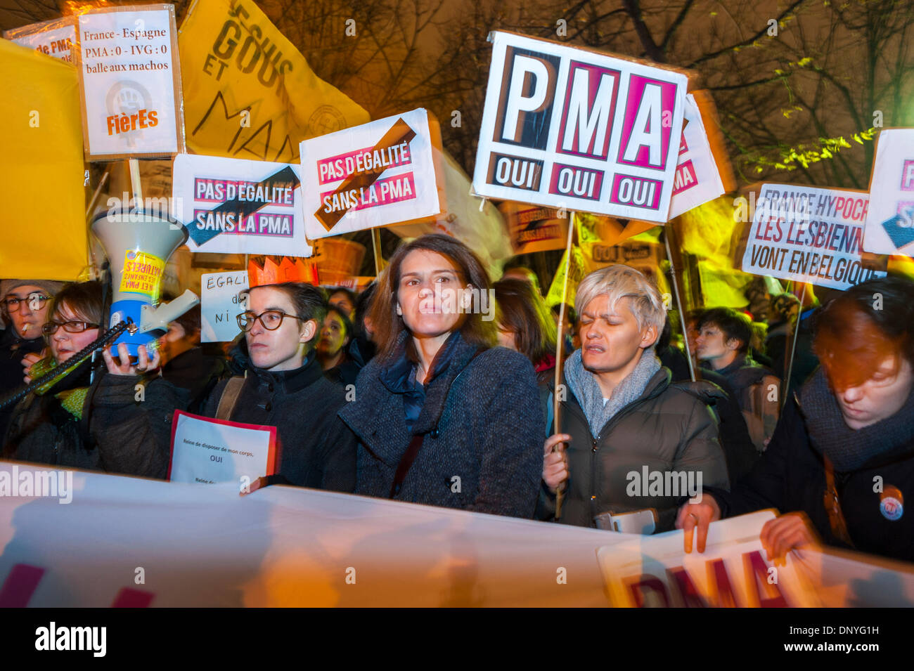 Paris, France. Public Demonstration, French LGBT Activism Groups, Protesting Against the Socialist Government's Refusal to Legalize M.A.P. (medically assisted procreation) (P.M.A.) (artificial Insemination Rights) Women Holding Protest SIgns - Stock Image
