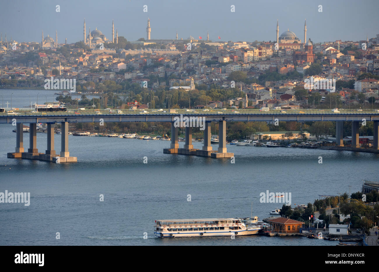 Bridge over the Golden Horn, from Pierre Loti, Istanbul, Turkey - Stock Image