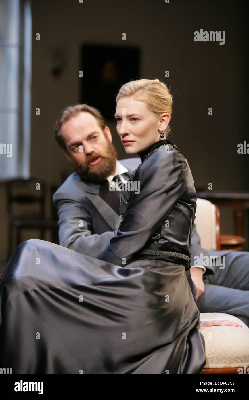 Hedda Gabler Cate Blanchett
