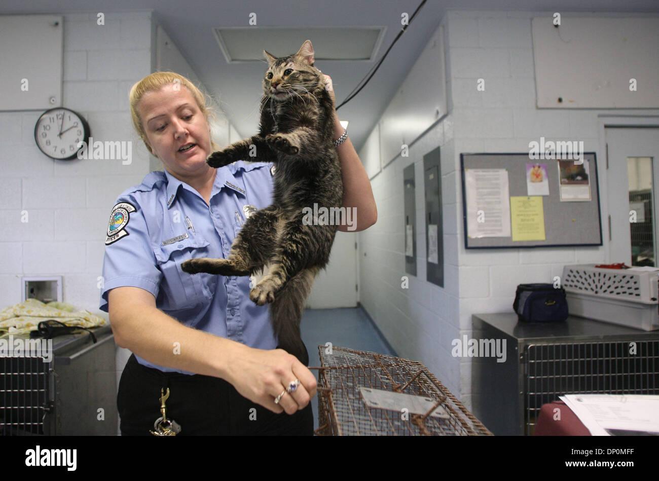 Mar 27 2006 Palm Beach Fl Usa Animal Control Officer Karen