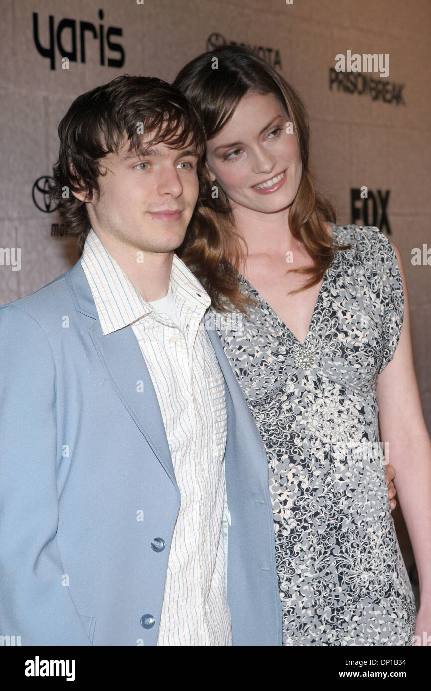 Apr 27, 2006; Century City, CA, USA; Actor MARSHALL ALLMAN and actress JAMIE BROWN arrive at the end of the season screening party for the FOX hit TV show 'Prison Break'. Mandatory Credit: Photo by Marianna Day Massey/ZUMA Press. (©) Copyright 2006 by Marianna Day Massey - Stock Image