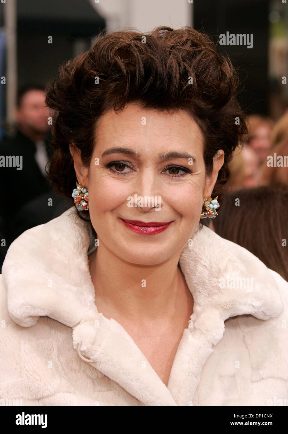 Sean Young photo gallery - high quality pics of Sean Young