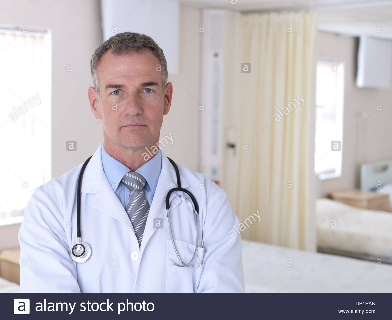 Portrait of doctor in hospital - Stock Image