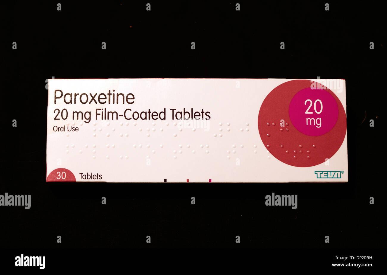 Paroxetine 20 mg tablets, pack of 30, anti depressant prescription drug drugs tablet 20mg medicine medicines medicinal - Stock Image
