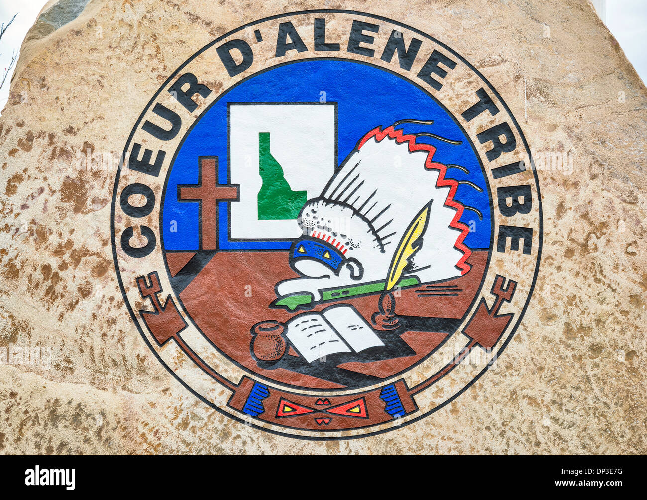 Tribe logo at trailhead at Trail of the Coeur d'Alenes in Plummer, Coeur d'Alene Indian Reservation, Idaho, USA - Stock Image