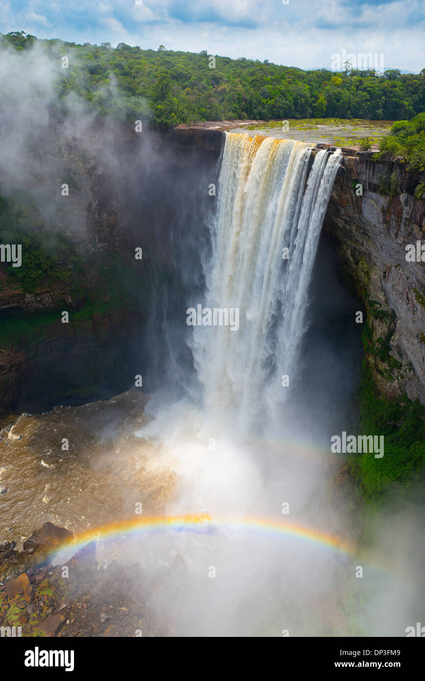 Raainbow at Kaieteur Falls, Kaieteur National Park, Guyana, Potato River, Combines huge volume of water with 822 foot drop - Stock Image