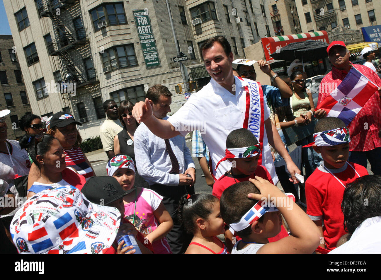 Jul 16, 2006; Bronx, NY, USA; Candidate for New York governor TOM SUOZZI greeting paradegoers at the Bronx Dominican Stock Photo