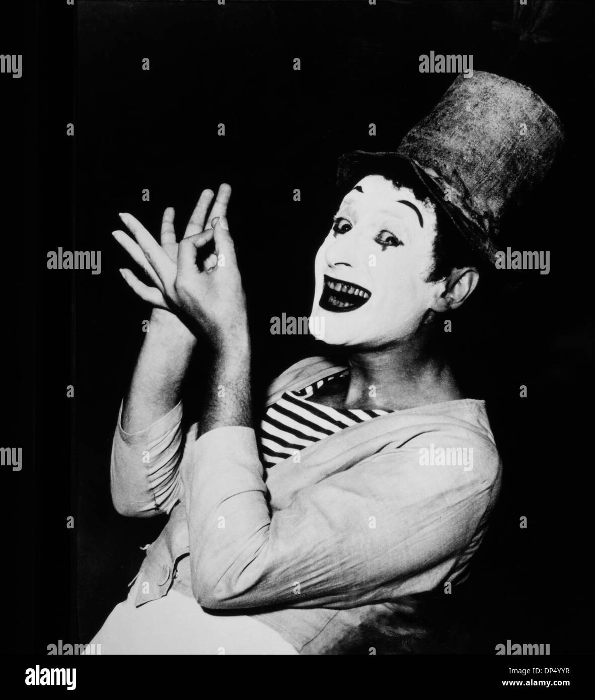 Marcel Marceau (1923-2007), French Actor and Mime, Top Hat and White Makeup, Portrait, circa 1955 Stock Photo