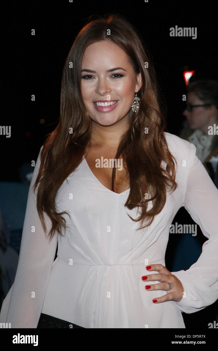 Young Tanya Burr nude (72 foto and video), Topless, Bikini, Selfie, panties 2006