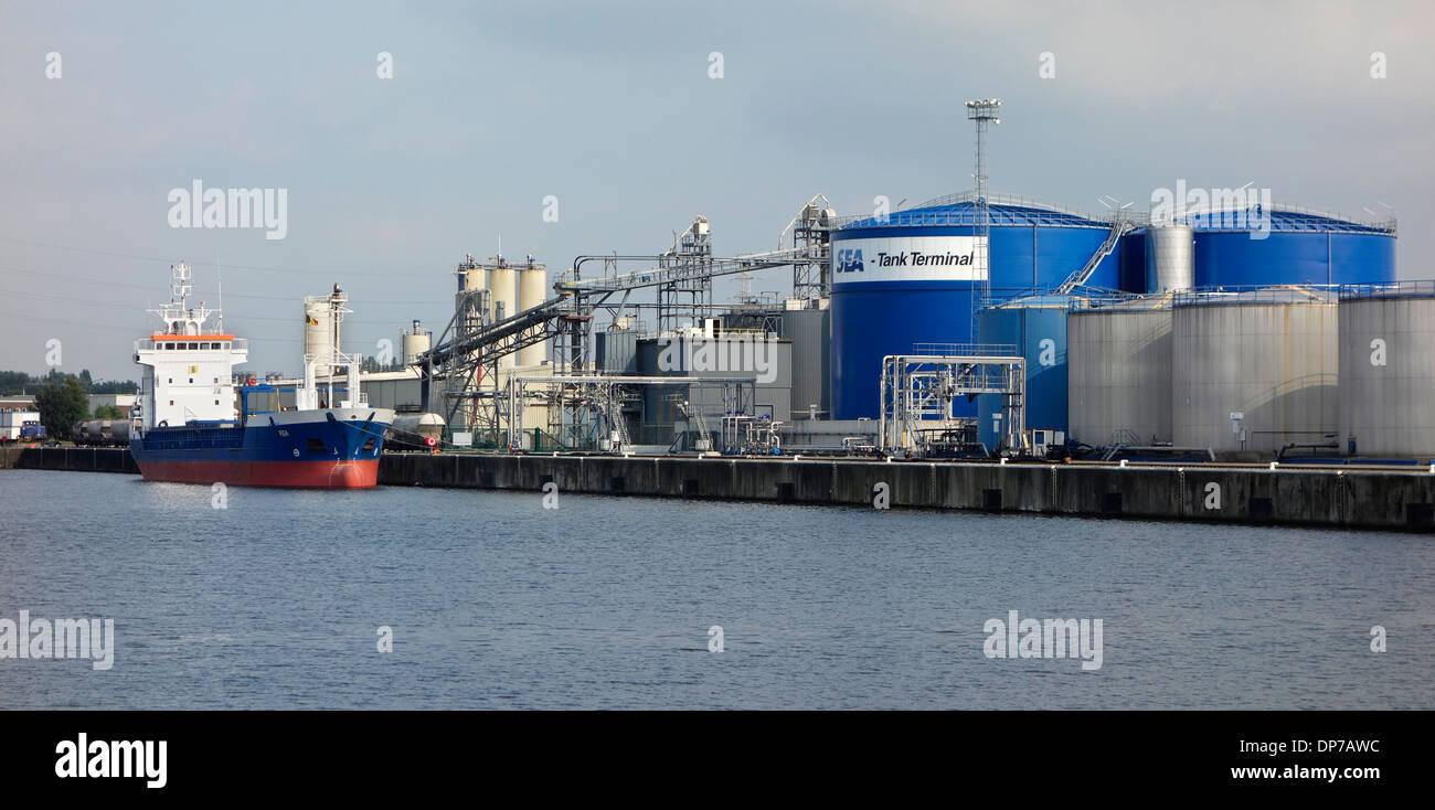Storage tanks for petroleum, chemicals, fats, liquid fertilisers, biofuels at Sea-Tank Terminal, Ghent port, Flanders, Belgium - Stock Image