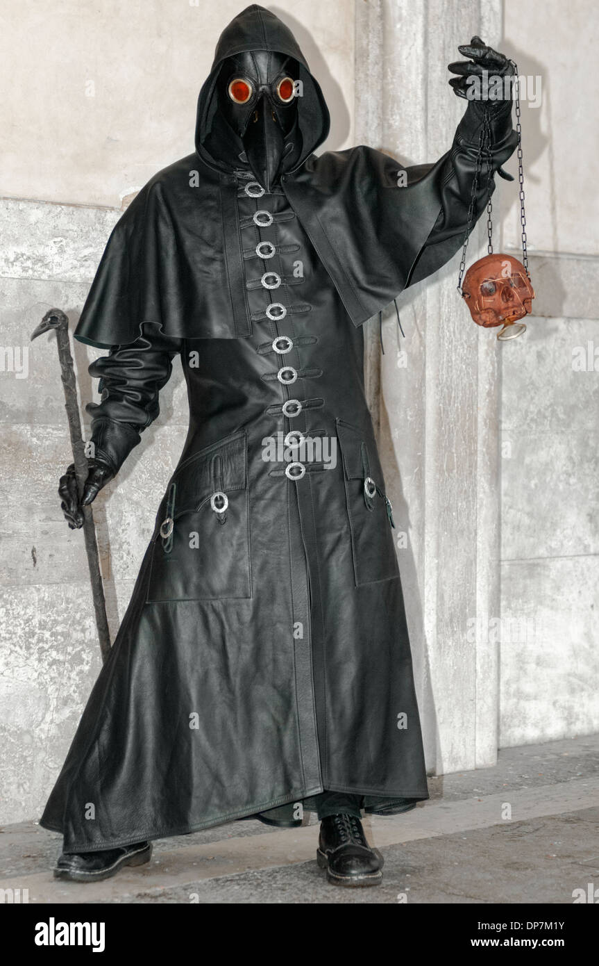 The Plague Doctor Stock Photos The Plague Doctor Stock Images Alamy