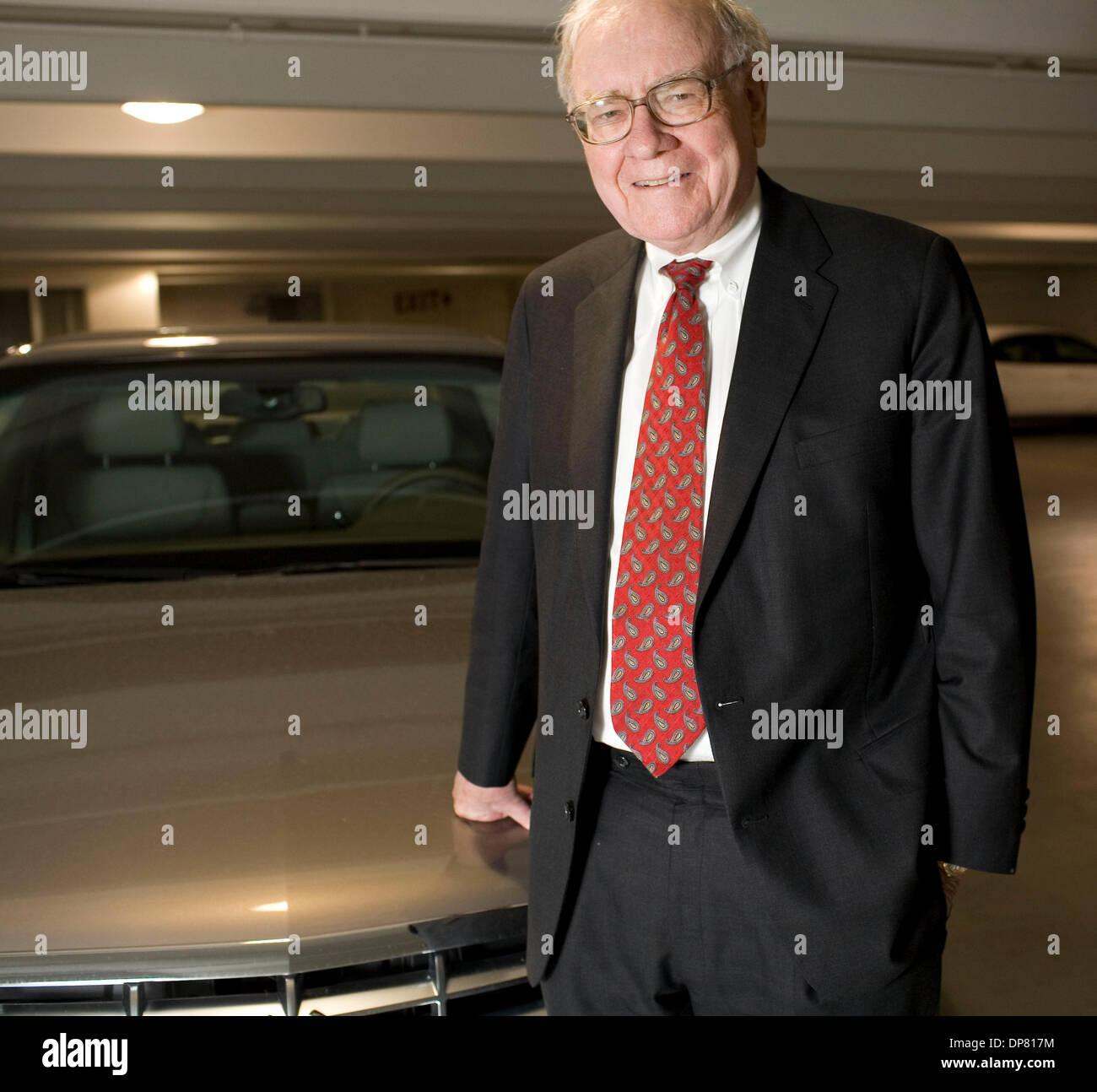 Apr 30, 2006 - Omaha, NE, USA - Businessman WARREN BUFFETT with his new Cadillac. (Credit Image: © James Colburn/ZUMA Press) RESTRICTIONS: - Stock Image