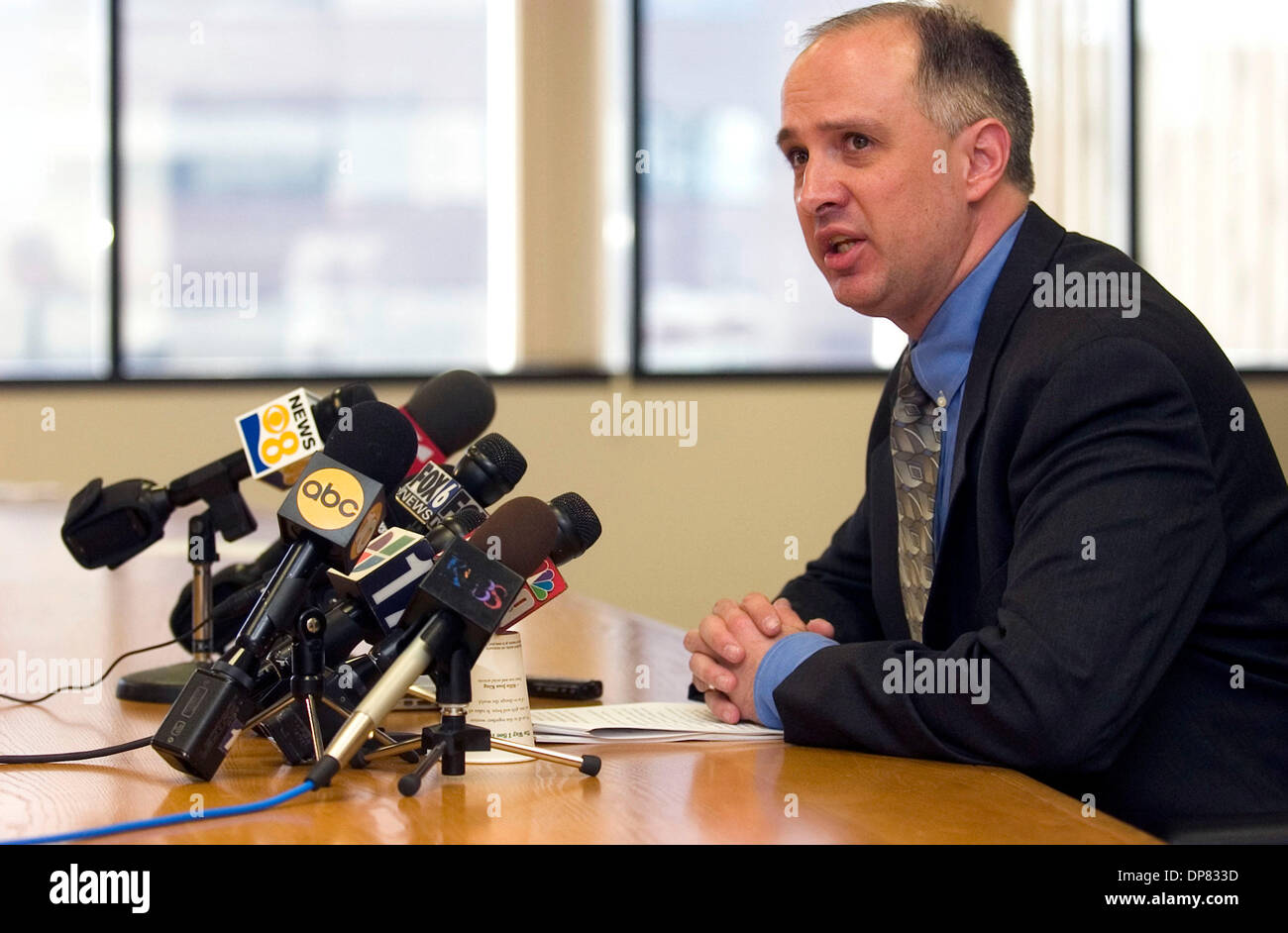 Nov 03, 2006; Carlsbad, California, USA; DAVID BLAIR-LOY, legal director for the ACLU of San Diego, speaks during Stock Photo