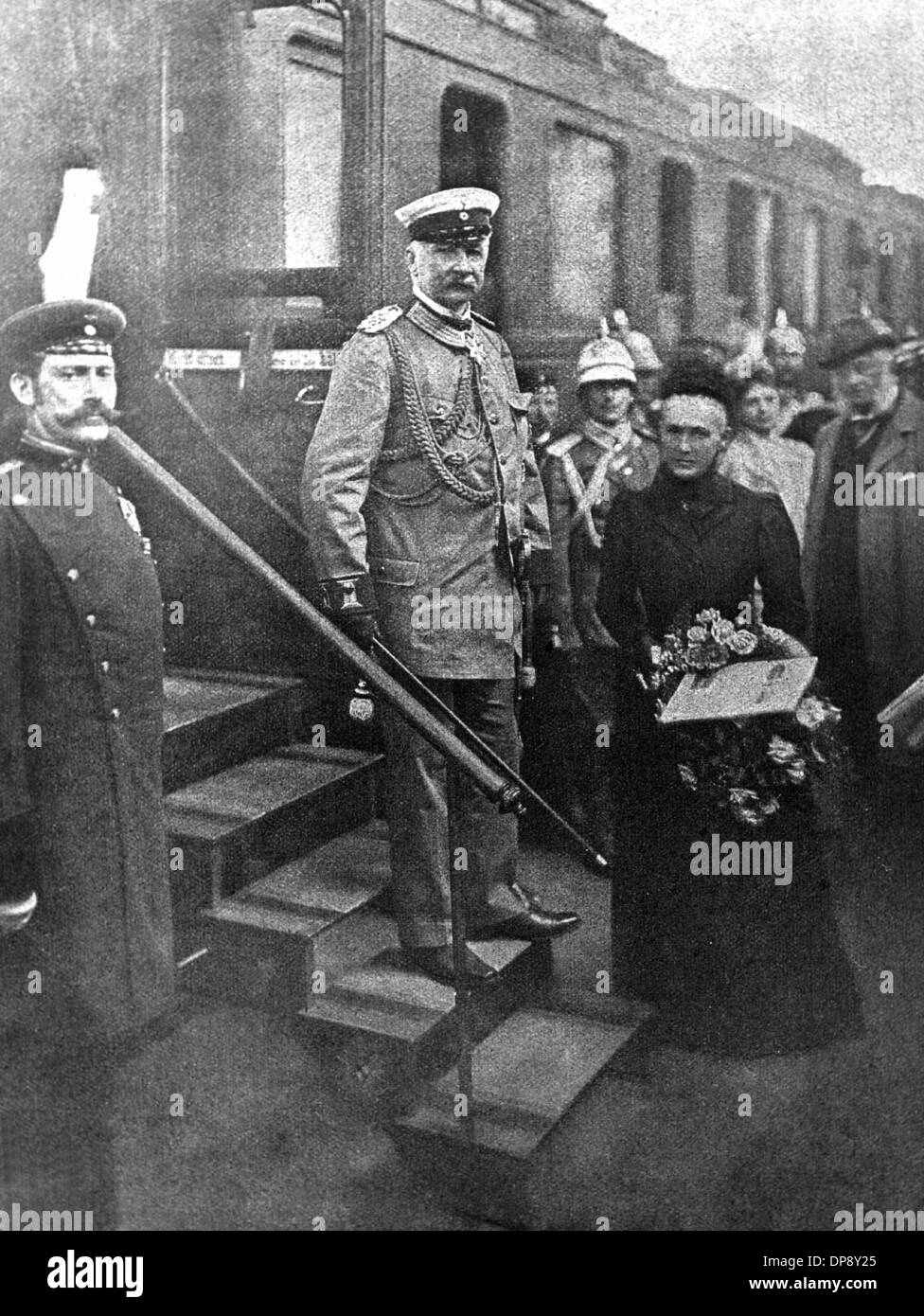 Commander-in-chief of the German troops during the Boxer Rebellion, Alfred Graf von Waldersee, with his wife shortly before the departure to China at Berlin Anhalter Bahnhof. Climax of the Boxer Rebellion was the assassination of the German ambassador Klemens Freiherr von Ketteler on the 19th of June in 1900 as well as the besiegement of the embassy quarter in Beijing from the 20th of June until the 14th of August in 1900 by an expedition corps consisting of eight states (Germany, France, Great Britain, Italy, Japan, Austria-Hungary, Russia and the USA). Numerous bloody punitive expeditions ag - Stock Image