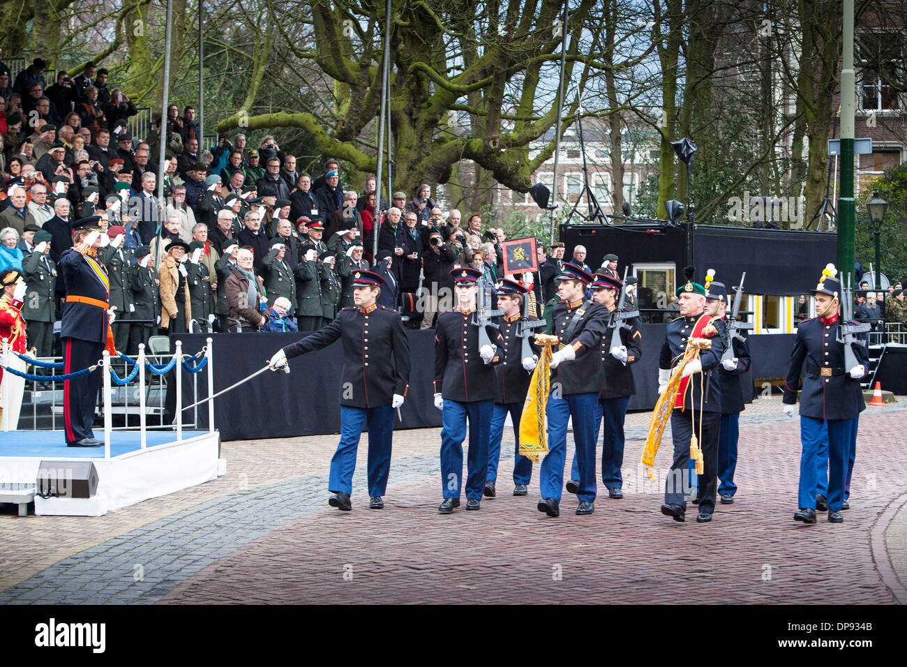 The Hague, Netherlands. 9th January 2014. Photo taken on Jan. 9, 2014 shows a scene of the ceremonial parade to celebrate Dutch Army's 200th anniversary in the Hague, the Netherlands. (Xinhua/Alamy Live News) - Stock Image