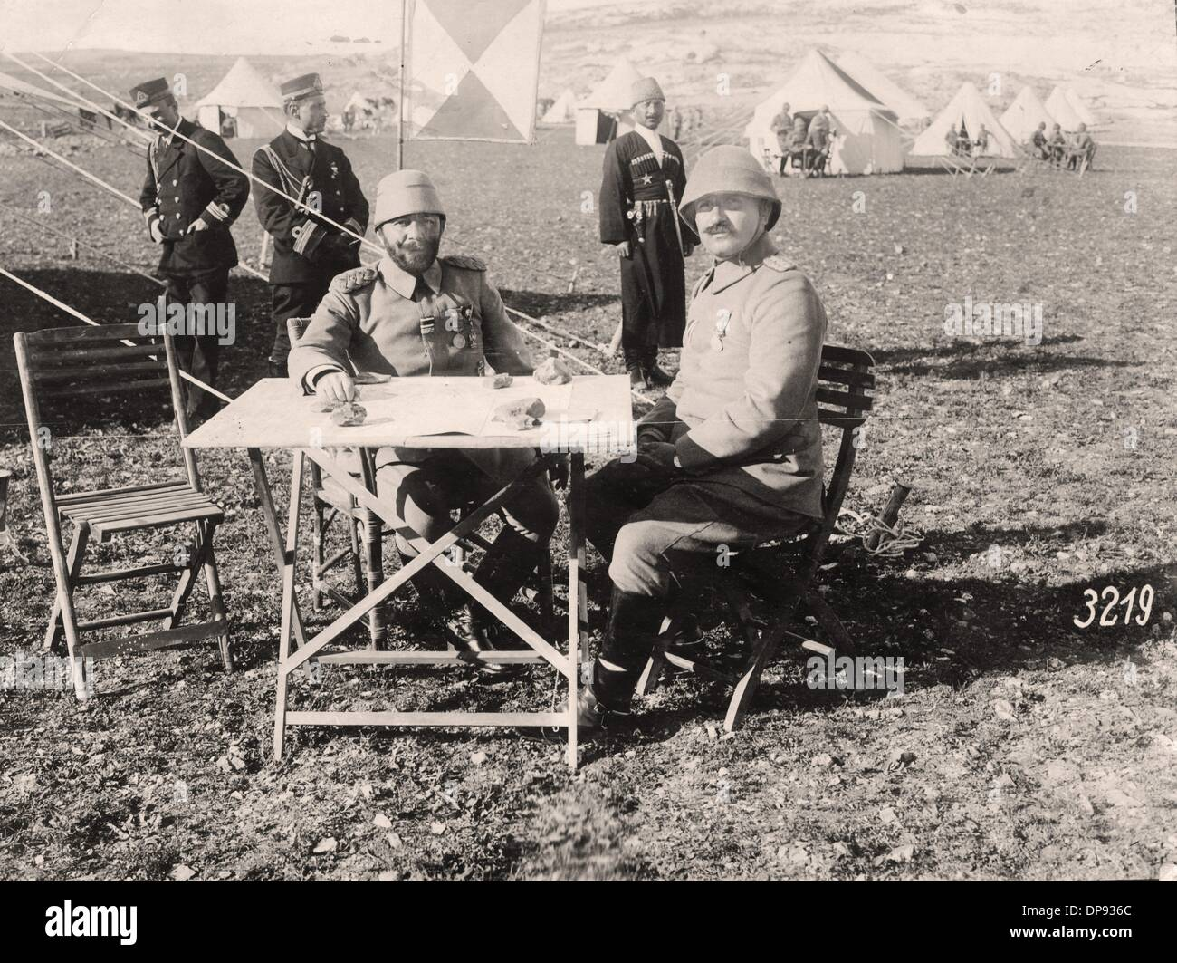 The Turkish General Djemal Pasha (l), commander of the Ottoman army and Governor General of Syria, with his chief of staff Fuad Boy at a command post on the southern front in Palestine. Date unknown. The Sinai and Palestine Campaign was a secondary theatre of war between the Ottoman Empire and Great Britain during World War I (1915-1918). The Ottoman Empire, as a an ally of the Central Powers, was supported by German (Asia Corps) and Austro-Hungarian troops in Palestine. Photo: Berliner Verlag/Archiv - Stock Image