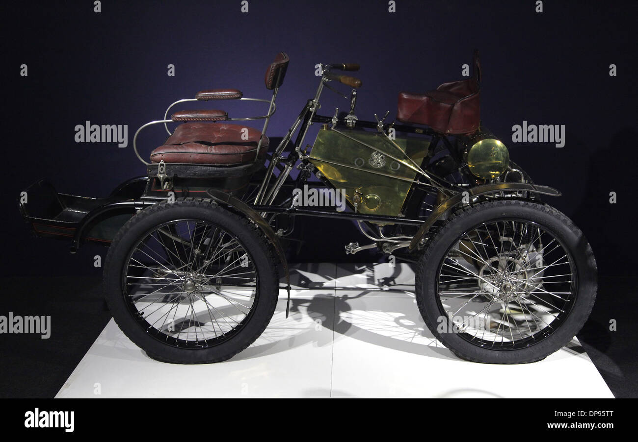 Old Car.De Dion-Bouton quadricycle 1900.single cylinder.speed 50 km/h - Stock Image