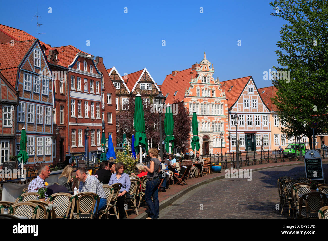 pavement cafe old harbor in stade altes land area lower saxony stock photo 65356521 alamy. Black Bedroom Furniture Sets. Home Design Ideas