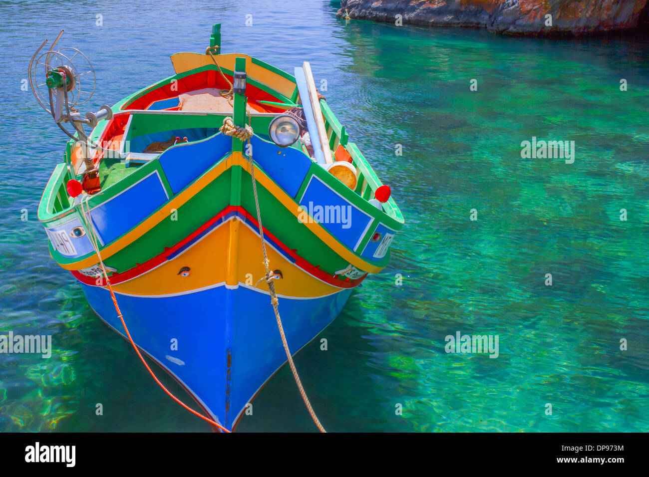 Fischerboot in einer Lagune Malta Stock Photo