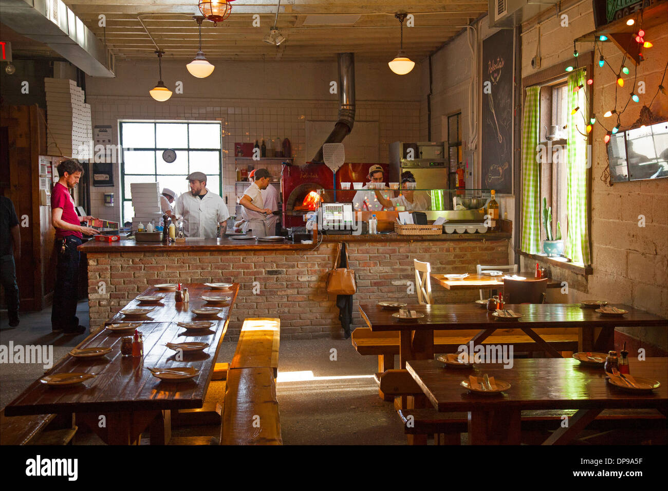 Robertau0027s Pizza Restaurant In East Williamsburg Brooklyn   Stock Image