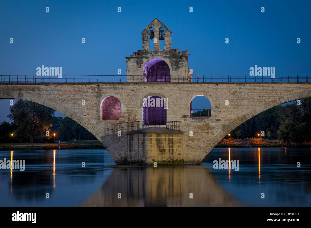 Pont Saint Benezet and Chapelle Saint Nicholas (12th C) over River Rhone at Avignon, Bouches-du-Rhone, Provence - Stock Image
