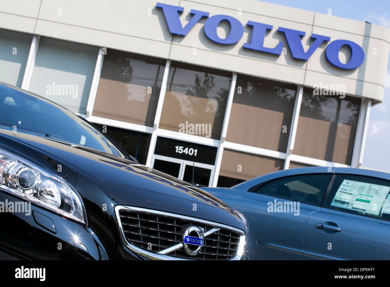 of country dealer north fl in miami veh cross volvo