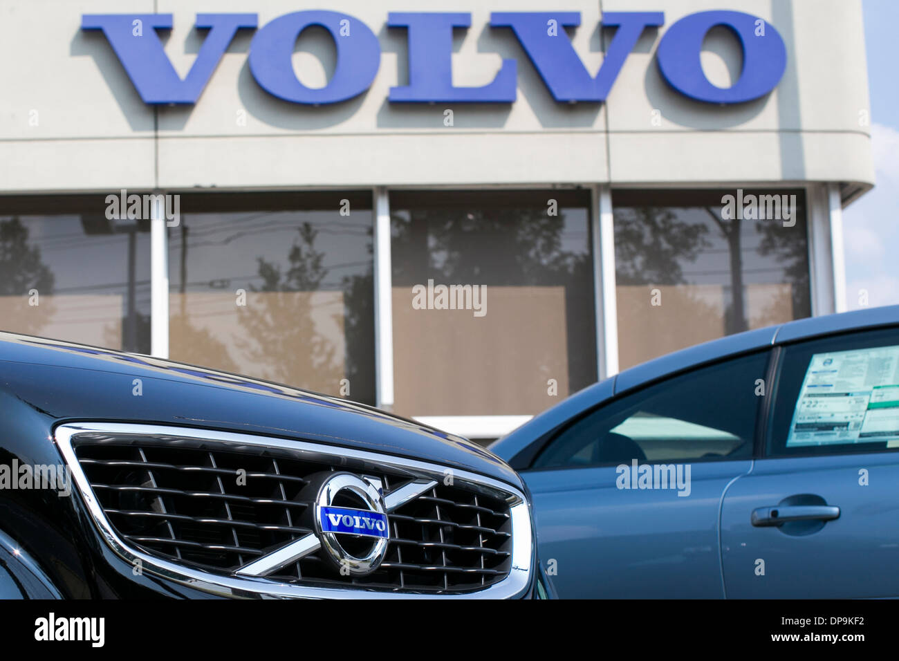 twitter volvonorthmiami north dealer retweets like miami of volvo replies