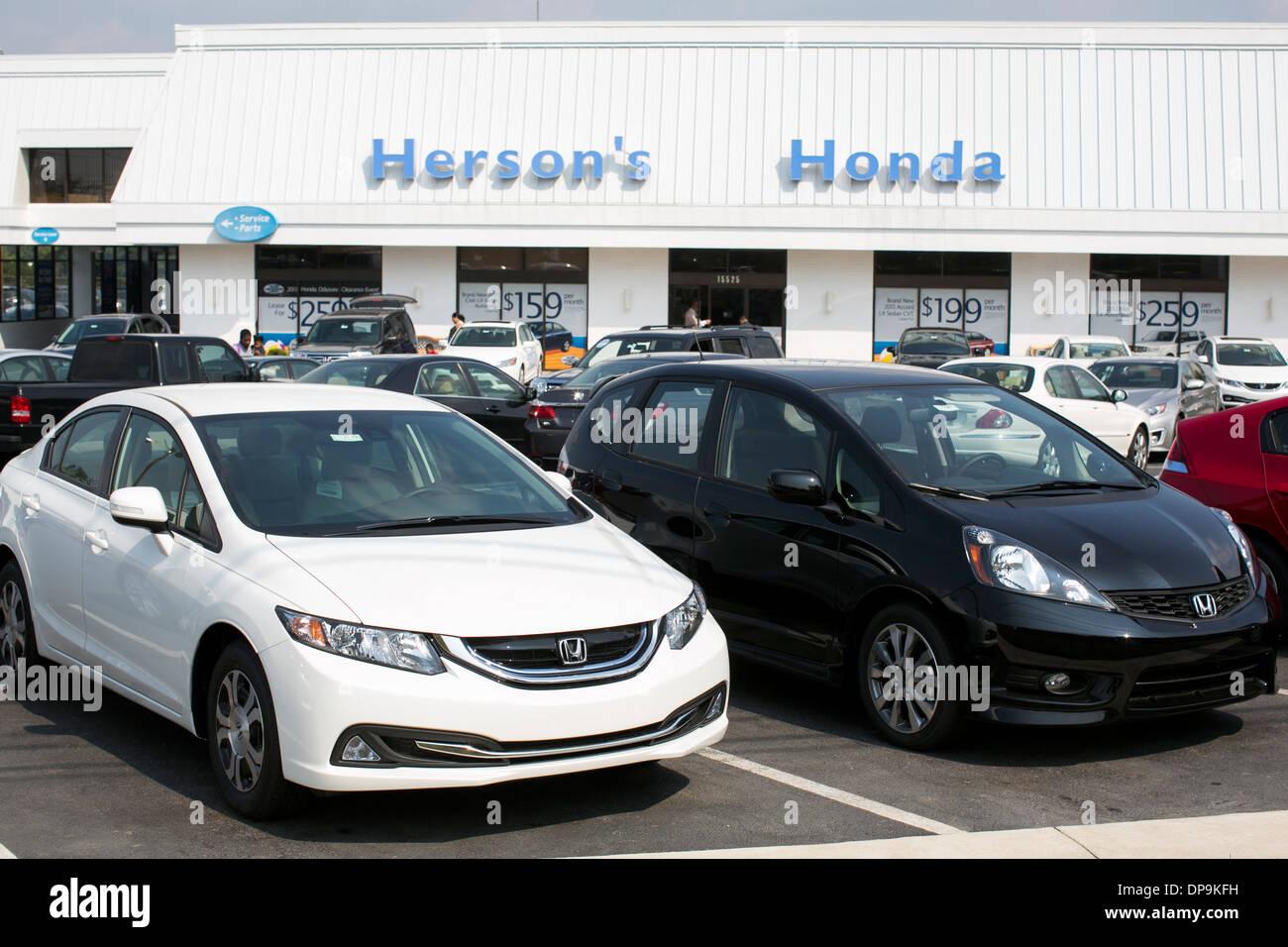Lovely A Honda Dealer Lot In Suburban Maryland.