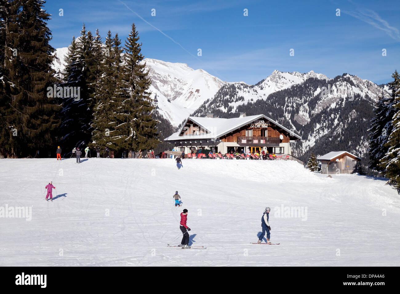 skiing alps cafe stock photos & skiing alps cafe stock images - alamy