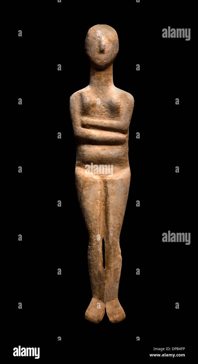 Woman Statuette Cycladic idol 3000 BC Greek Greece - Stock Image