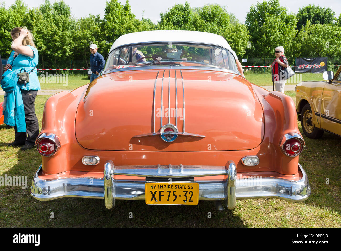 Pontiac Star Chief Stock Photos Images 1954 Catalina Two Door Coupe First Generation Rear View