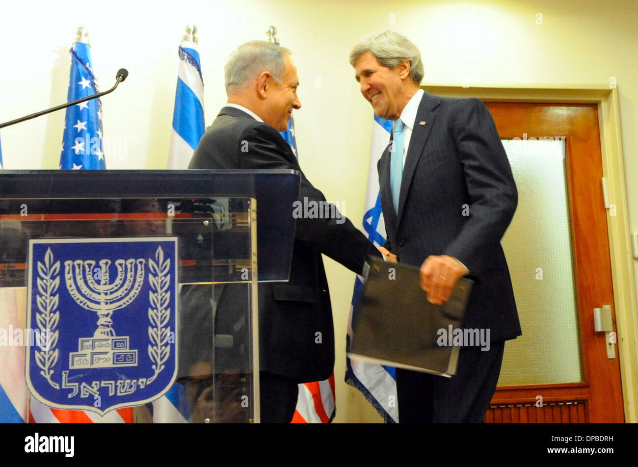 Secretary Kerry is Greeted by Israeli Prime Minister Netanyahu - Stock Image