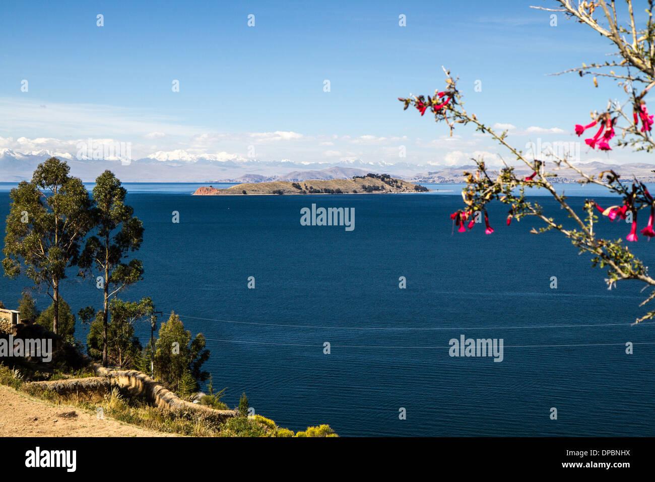 Titicaca lake. Isla del Luna seen from Isla del sol. Bolivia - Stock Image