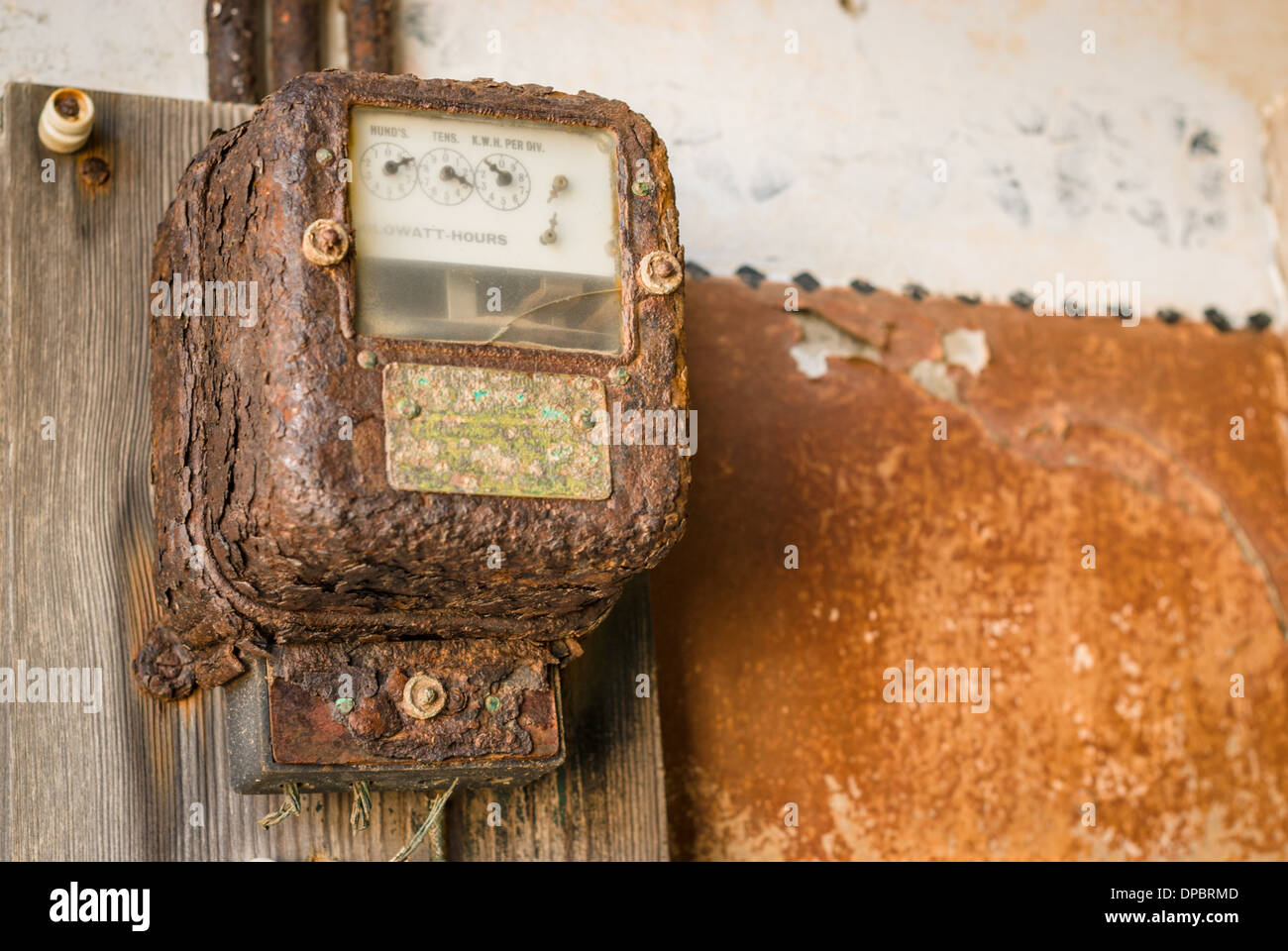 Rusty electricity meter in the abandoned town of Kolmanskoppe, Namibia, Africa - Stock Image