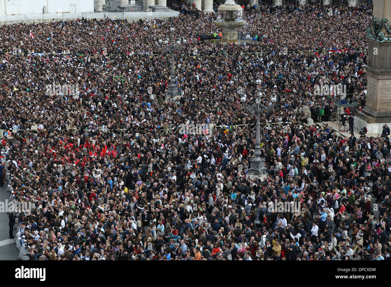 Pilgrims Wait For the Papal Address, the first Easter Blessing by Pope  Francis. Saint Peter's Square, Vatican City, Rome Italy.