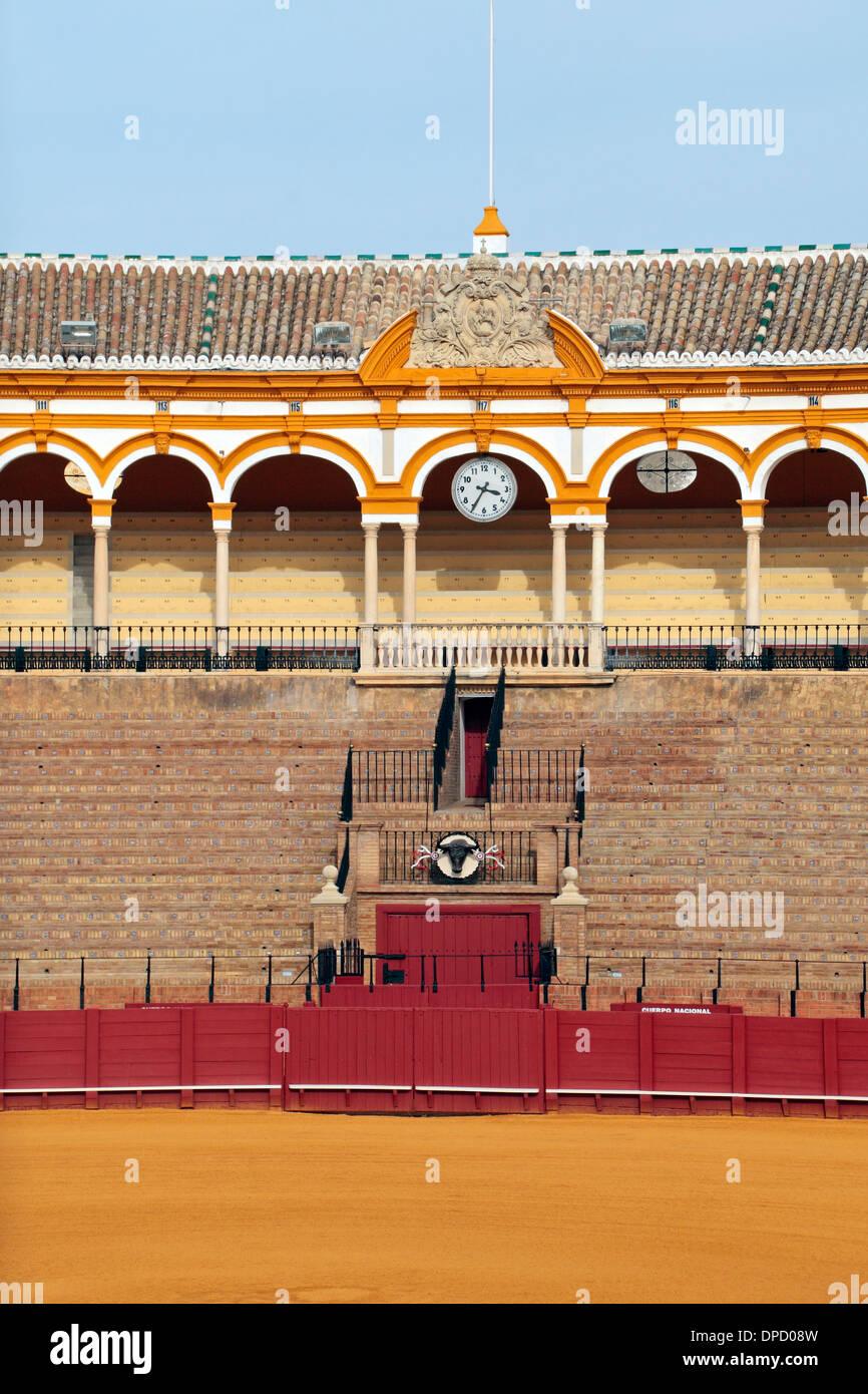 The Plaza de Toros de la Real Maestranza de Caballería de Sevilla (bull ring), in Seville, Andalusia, Spain. - Stock Image