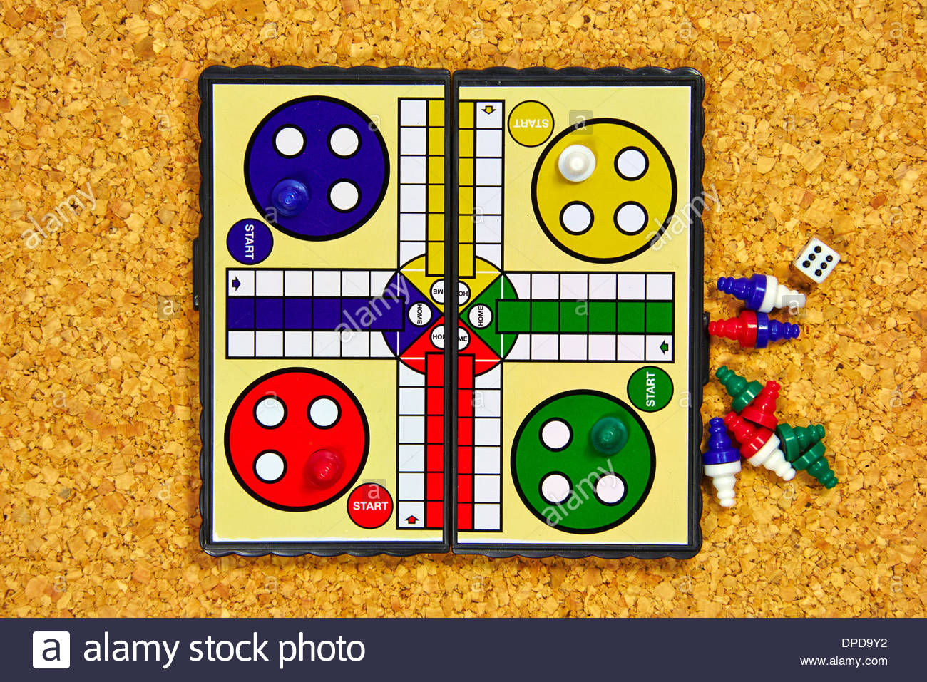Ludo Small Portable Magnetic Board Game With A Six Dice And Coloured Peices