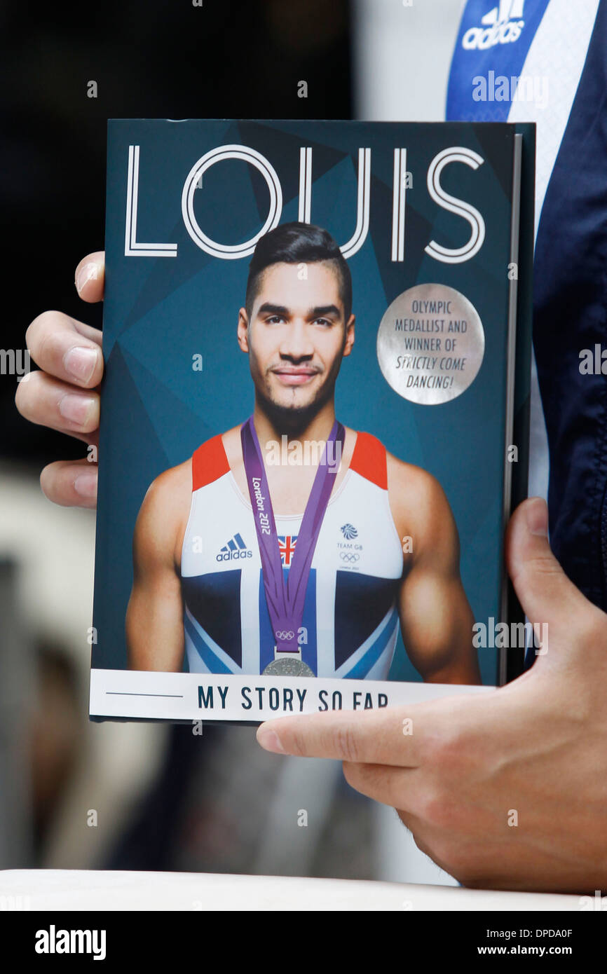 Louis Smith, Team GB gymnast, appears in store to sign copies of his autobiography, Louis: My Story So Far. Waterstones, Canary - Stock Image