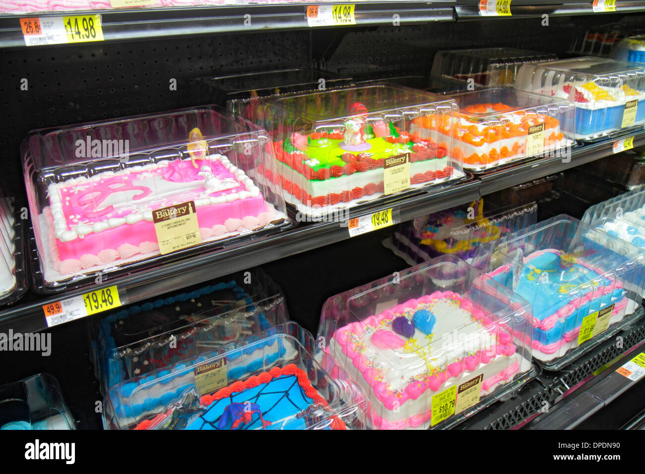 Miami Florida Wal-Mart Walmart shopping decorated cakes